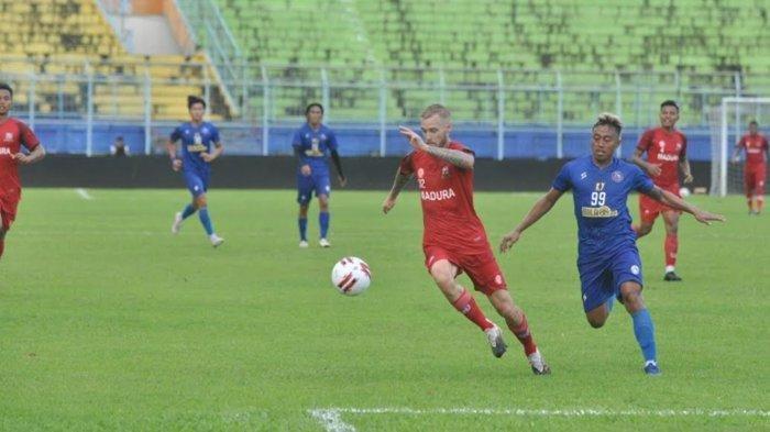SEDANG BERLANGSUNG Arema FC vs Tira Persikabo, Berjalan 15 Menit, Skor 0-1